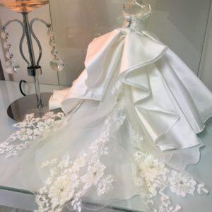 ミニチュアウェディングドレス♪